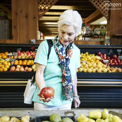 Woman with Inogen One G4 at Grocery Store
