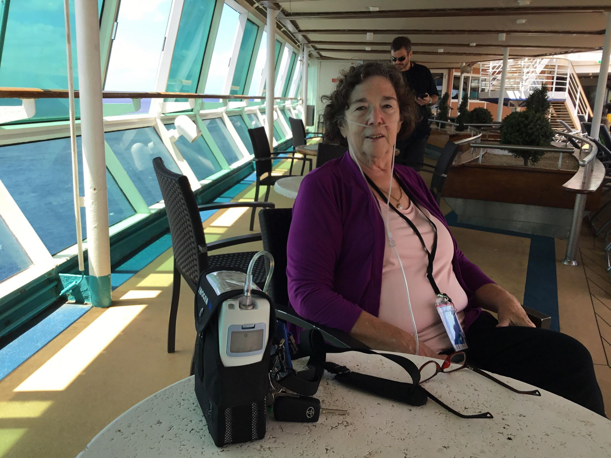 Inogen One patient enjoying her freedom on a cruise
